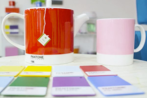 Pantone mugs, palettes, and Tealeaves tea.